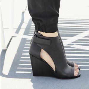 VINCE | Katia Peep Toe Booties | Sz 9